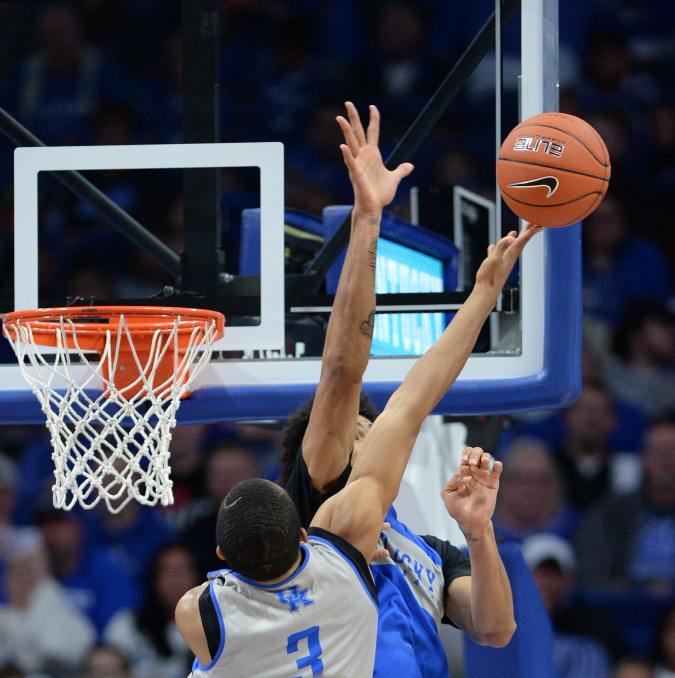 Blue-White Scrimmage: Who could start for UK and other lessons learned