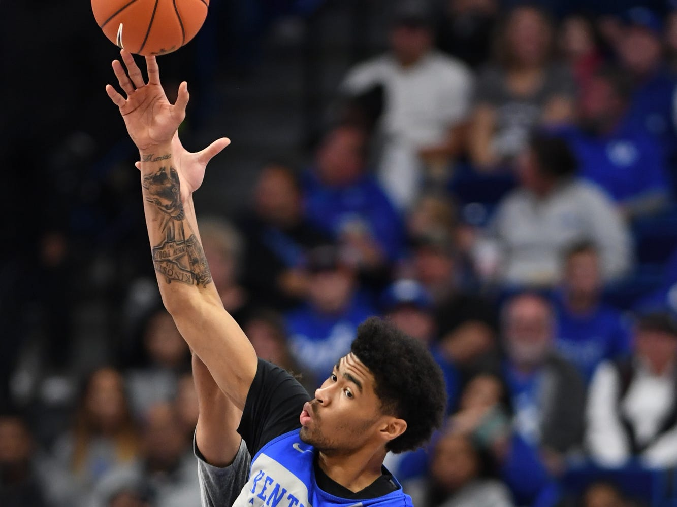 UK F Nick Richards wins the tip off to begin the University of Kentucky mens basketball Blue/White game at Rupp Arena in Lexington, Kentucky on Sunday, October 21, 2018.
