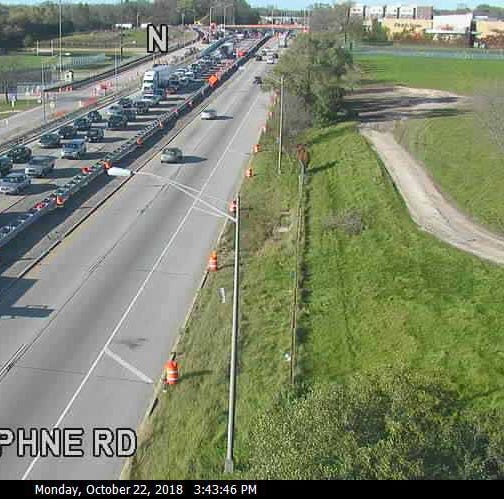 Crash closes two lanes of southbound I-43; traffic backups reported