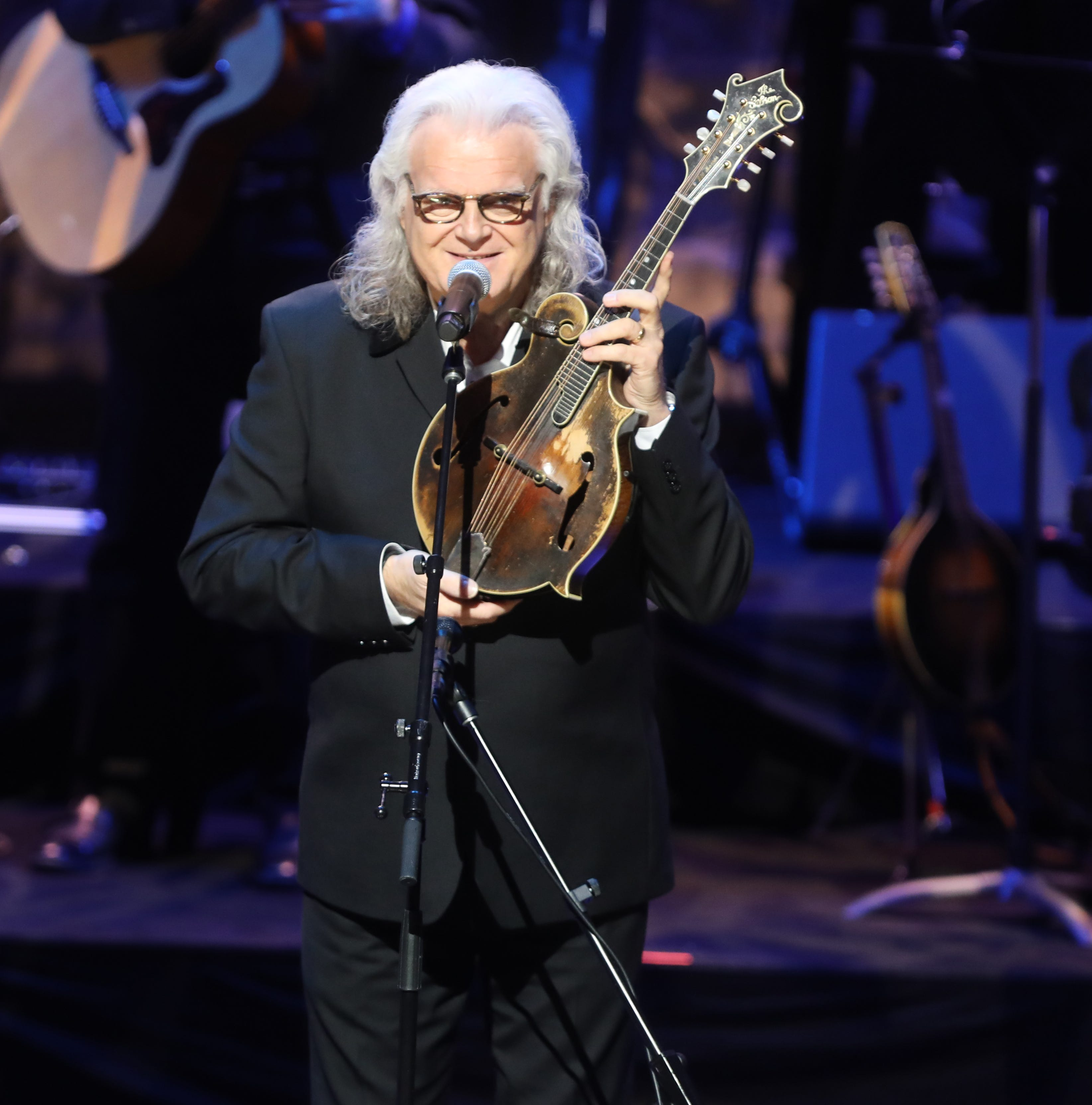 Country Music Hall of Fame inducts Johnny Gimble, Dottie West, Ricky Skaggs