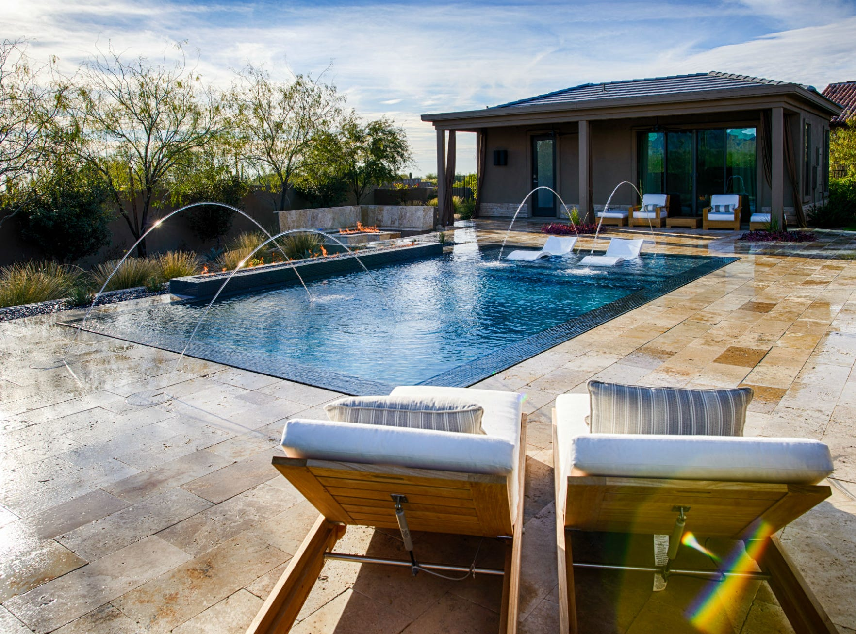 The pool is a wet-edge design.