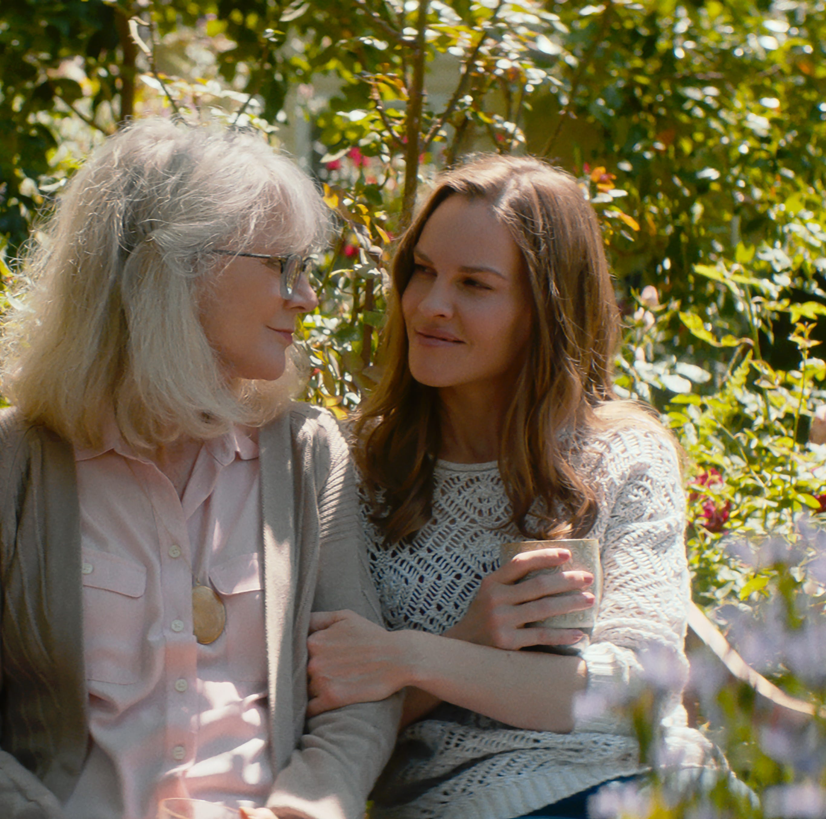 'What They Had' review: Blythe Danner plays a woman disappearing to Alzheimer's