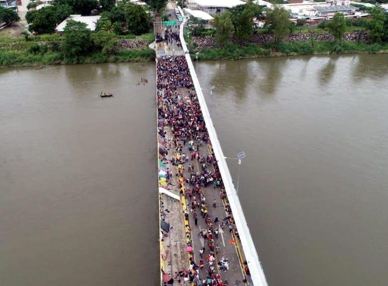 Muchas de las personas que hoy integran la caravana migrante pueden haber salido de su país huyendo de un grave peligro.