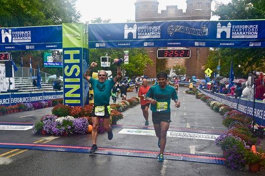 Dsc 0355 Marathonprojectathartfordmarathon13oct2018dougneedhamandalexisojedabybobkopac