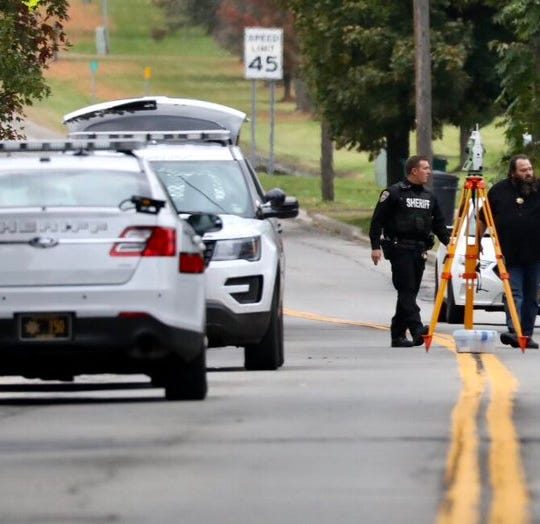 Sodus schools closed as manhunt for killer continues