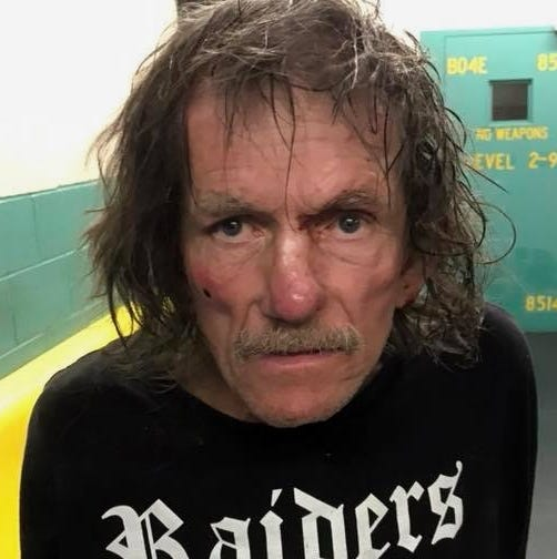 Redding man arrested after allegedly trying to stab woman