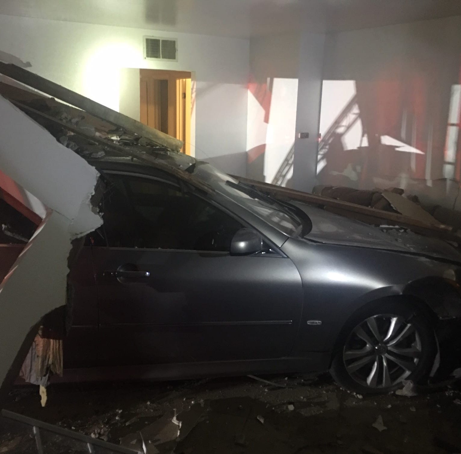 Driver missing after car crashes through Oxnard home; no injuries reported