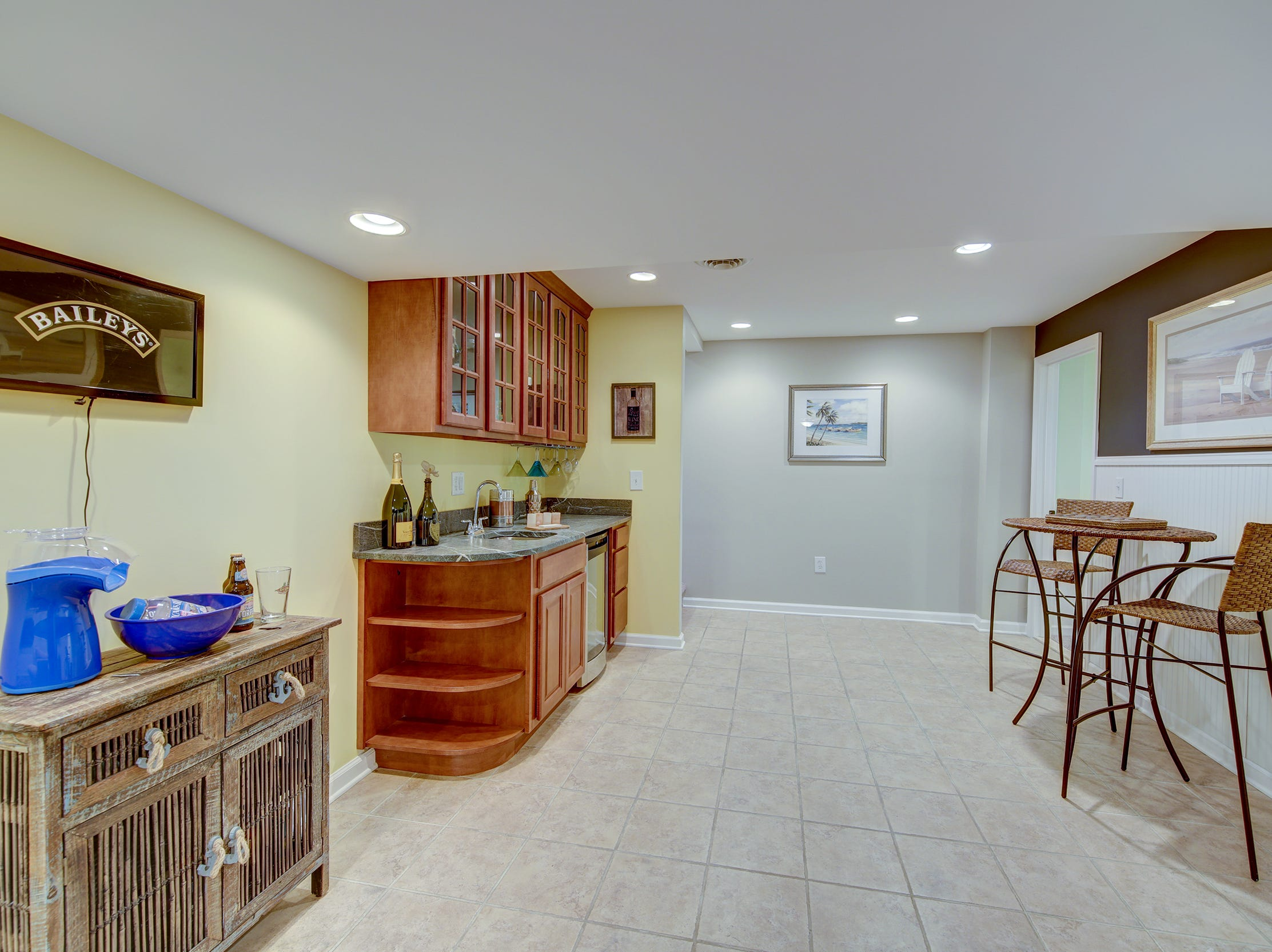The finish lower level pf 204 Lakeview Shores features a wet bar.
