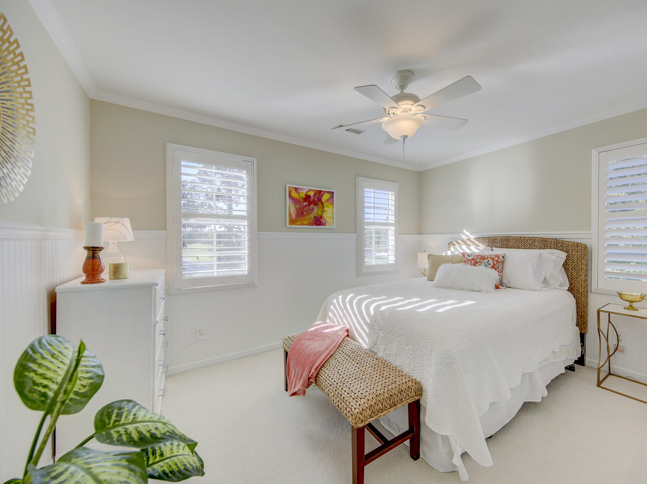 The house at 204 Lakeview Shores has five bedrooms, including four guestrooms.