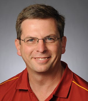 """Larry Tranel, Iowa State University Extension and Outreach, will present the Hoard's Dairyman webinar, """"Economics and user experiences with automatic milking"""" at noon on Nov. 12."""