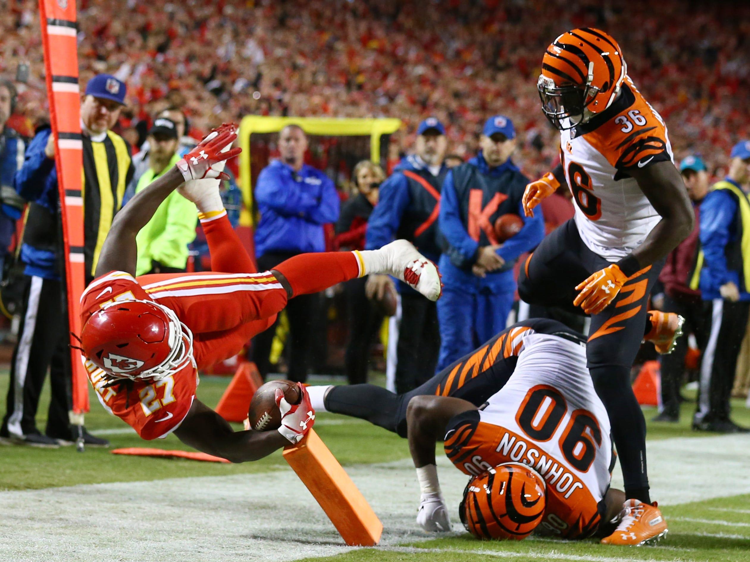Week 7: Kansas City Chiefs running back Kareem Hunt dives for a touchdown against the Cincinnati Bengals at Arrowhead Stadium.