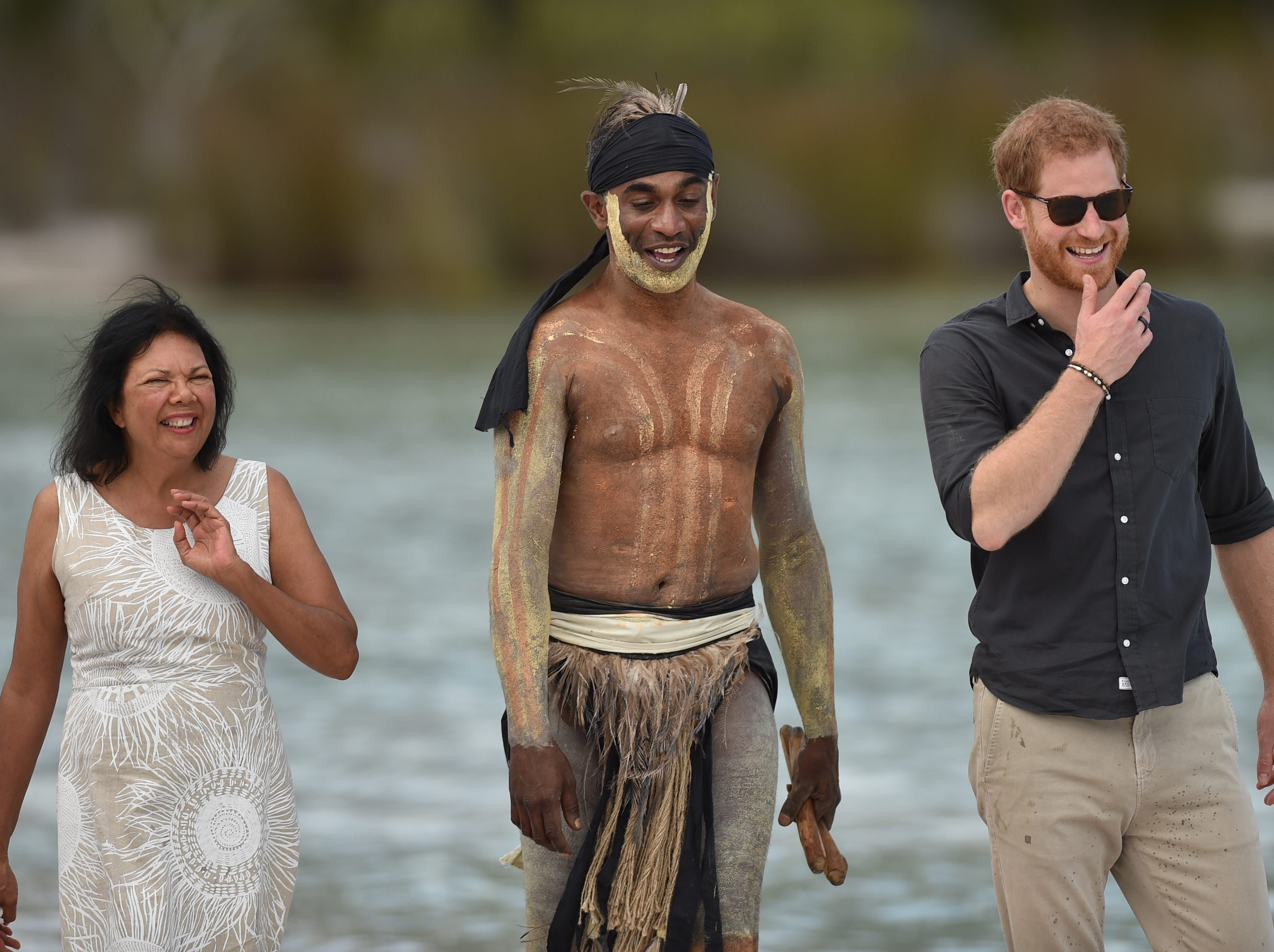 How the ring on Prince Harry's right hand helps him beat jet lag