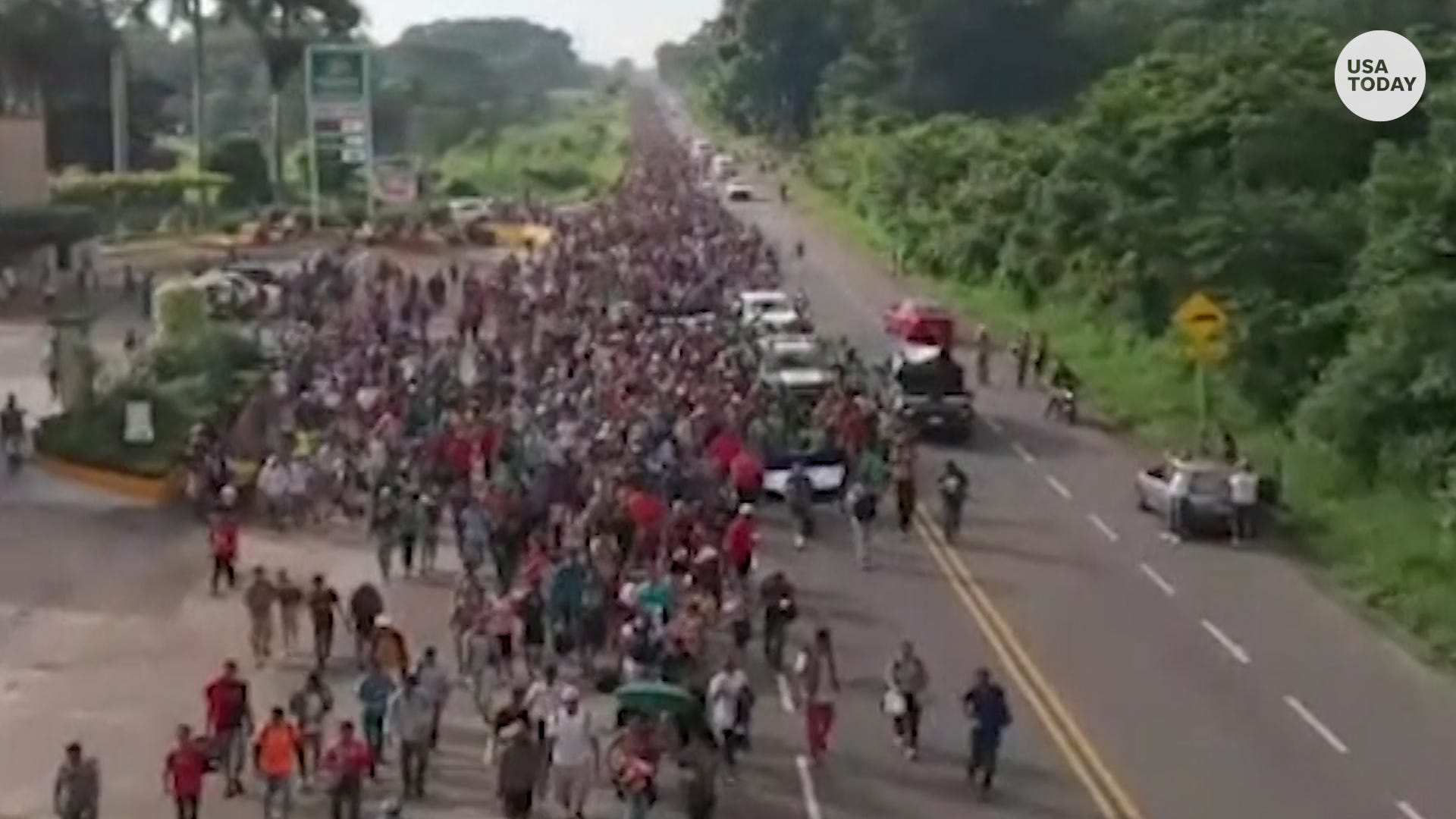 Caravan of Central American migrants grows in the thousands