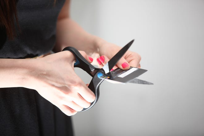 Cutting credit card with no balance