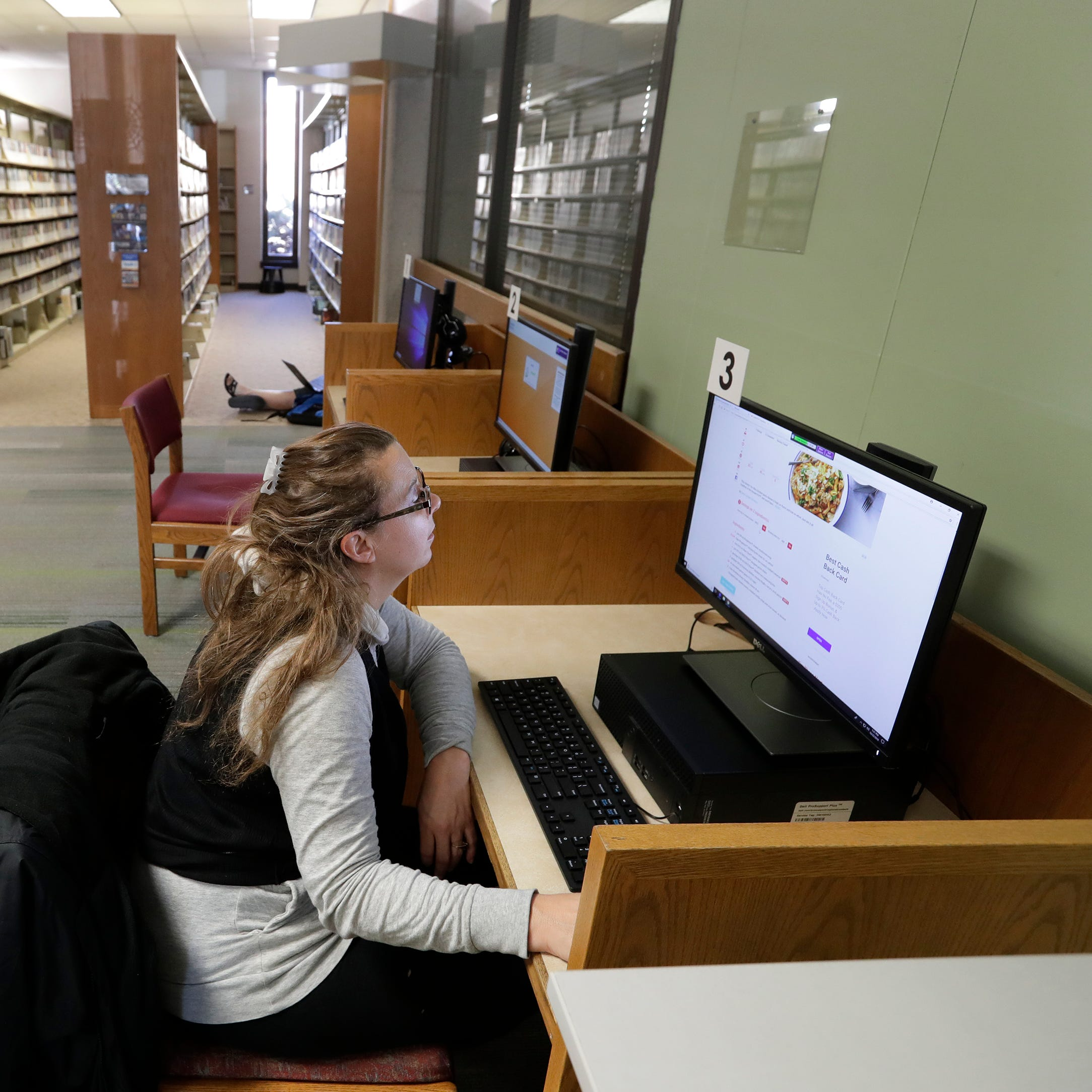 Technology and how it's used in modern libraries is part of Appleton library debate
