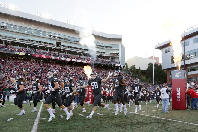Washington State is the only Pac-12 team with just one loss on its resume. Could the Cougars still sneak into the college football playoff?