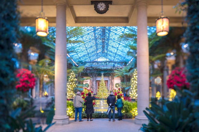 Premiering on Thanksgiving Day and packed with programming through January 6, 2109, Longwood Gardens in Kennett Square, Pa ---  just minutes form the shopping mecca King of Prussia Mall -- has holiday and Christmas attractions that are dazzling.