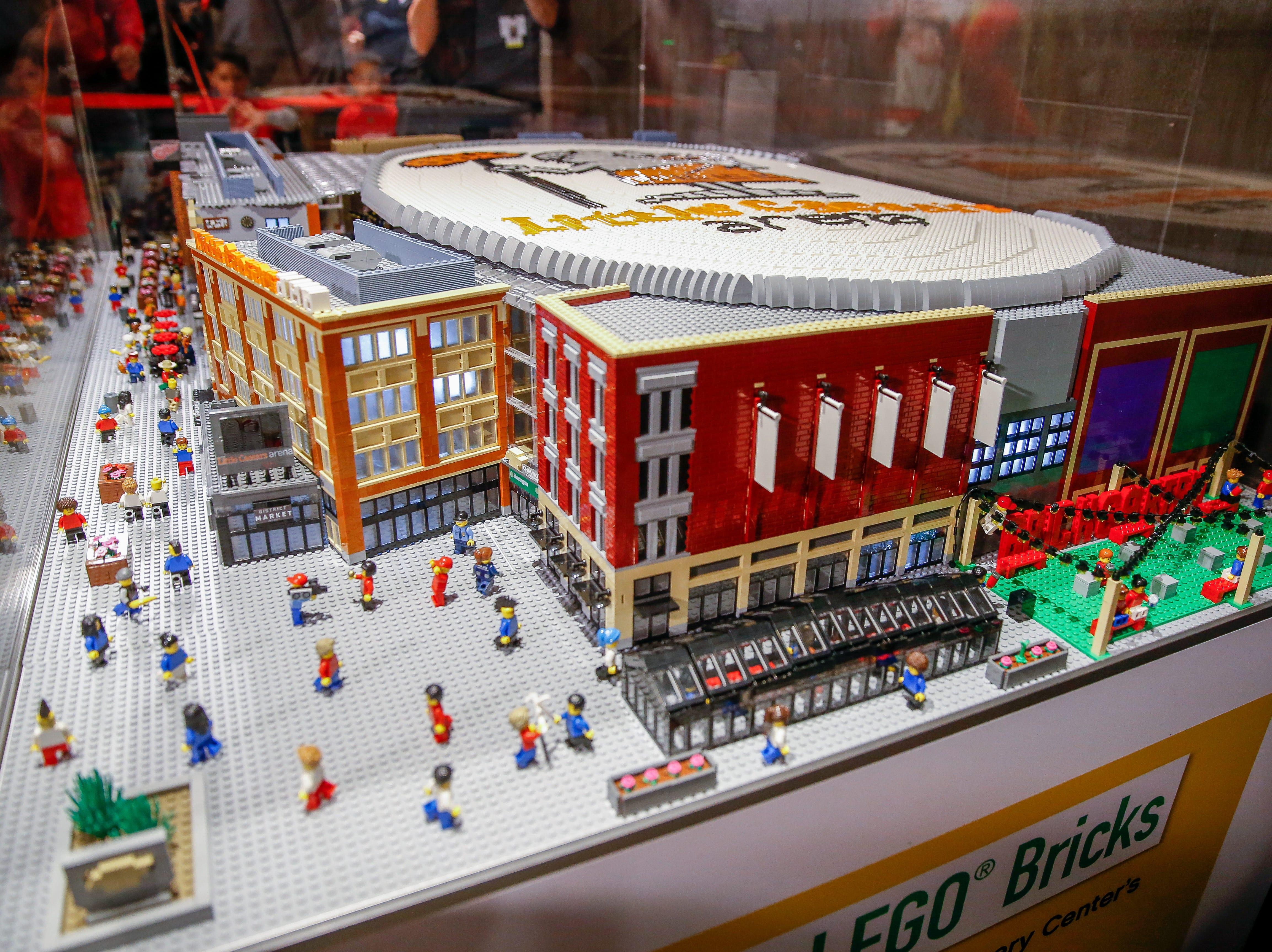 The model is complete with interior and exterior structural detail, more than a thousand windows, amenities and interchangeable floors between the Red Wings and the Pistons.