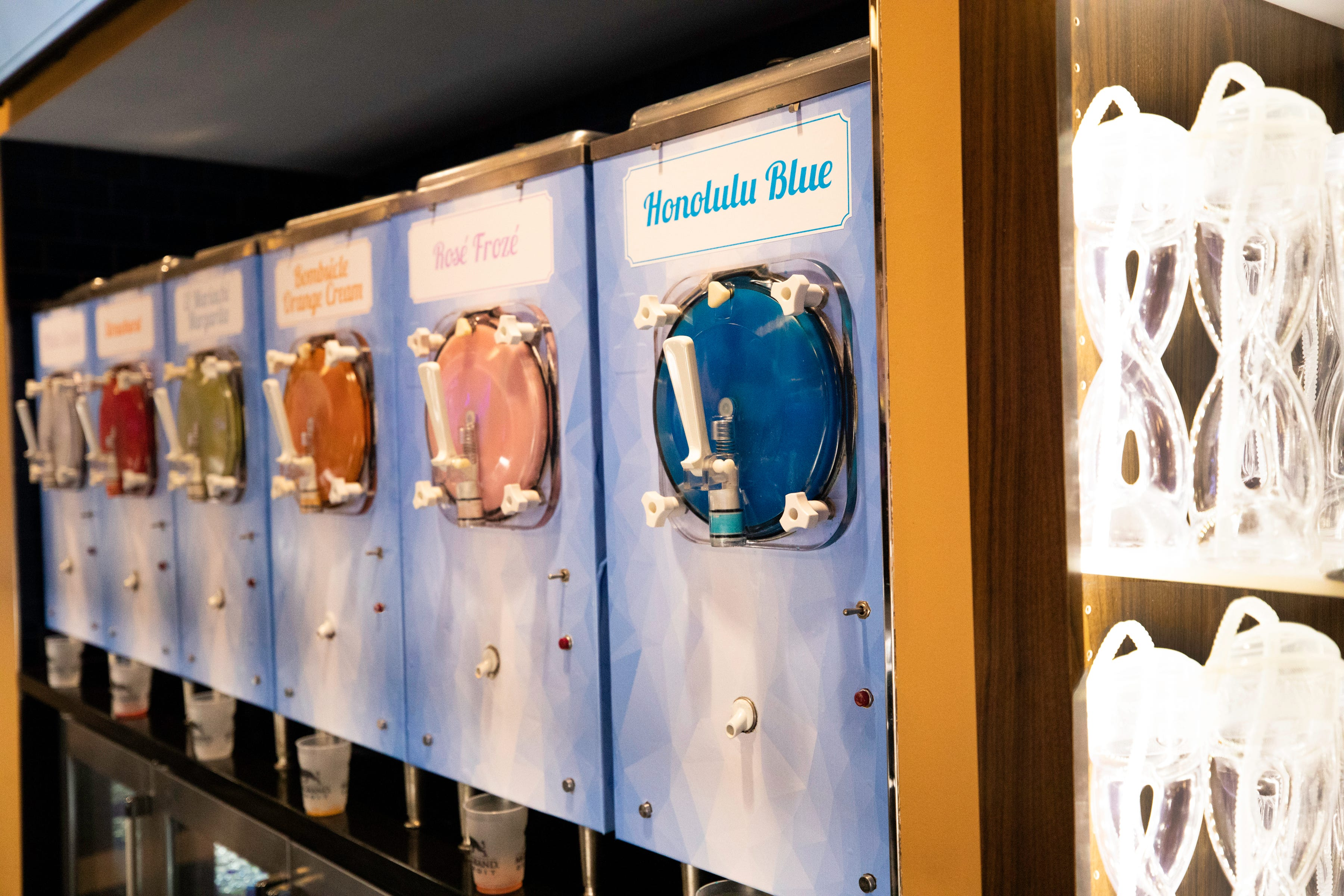 32 Degrees opened this week at MGM Grand Detroit with six varieties of frozen drinks.