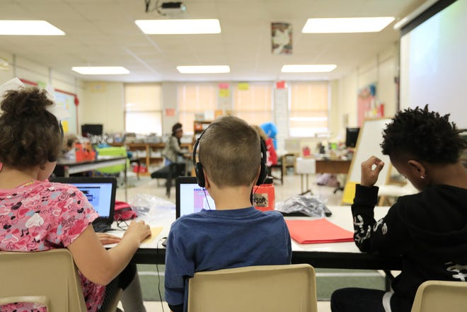 Third graders work during class at Howe Elementary School  in Green Bay.