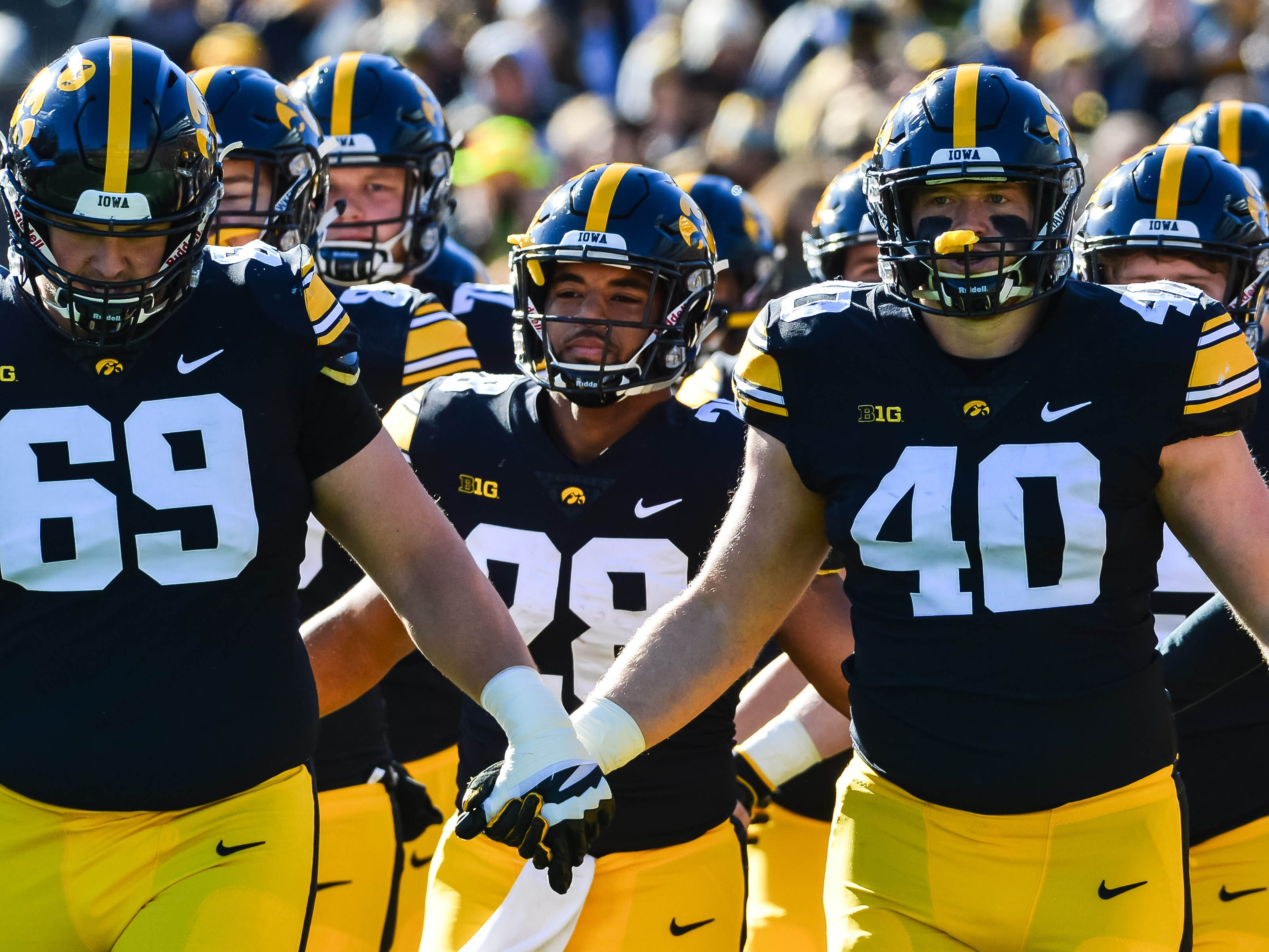 Parker Hesse (40) and the Hawkeyes get ready to take the field against Maryland before their 23-0 home win. This week, Iowa will play in front of 106,000-plus fans at Beaver Stadium in State College, Pennsylvania.
