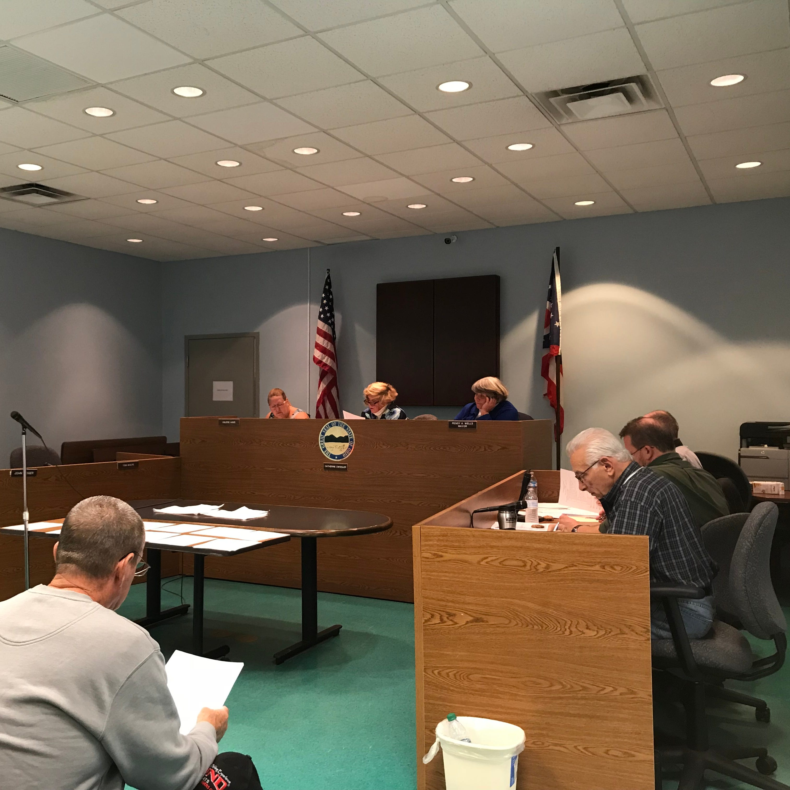 Buckeye Lake council unanimously overrules mayor's veto of camera removal