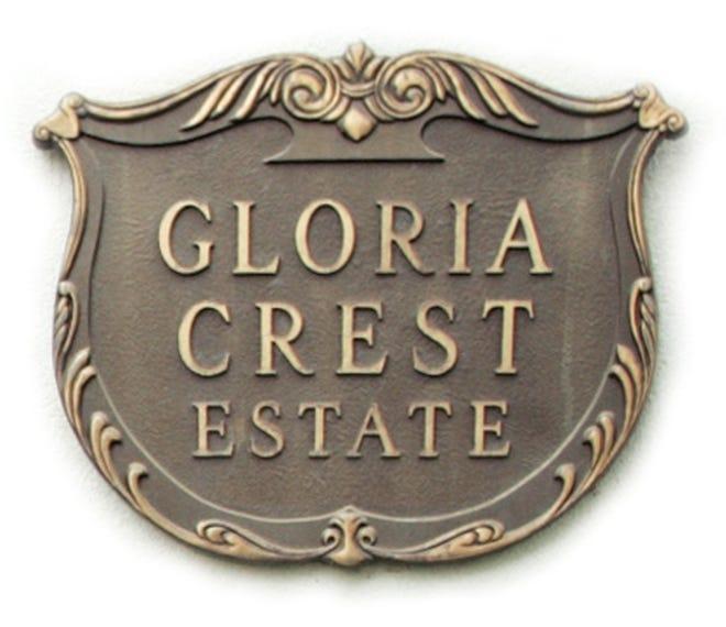 Gloria Crest Estate sign