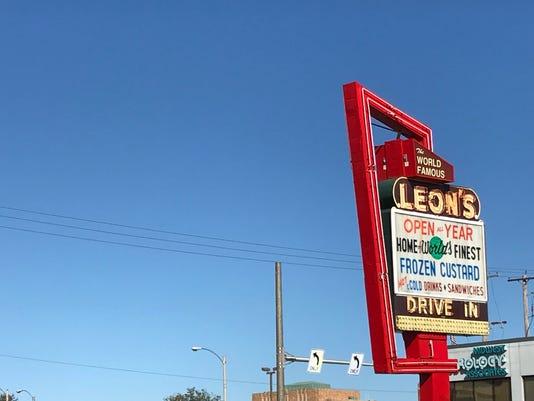 Leon's Sign Milwaukee