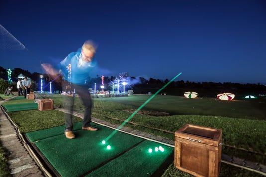 Night Golf001