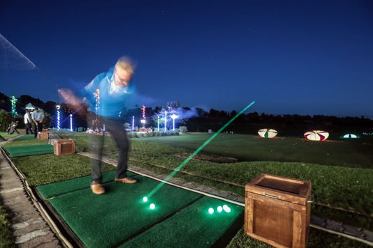 Night Golf001
