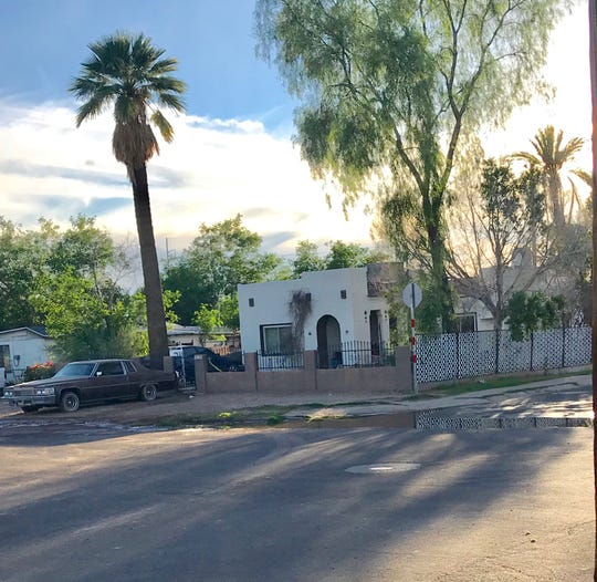 A man was found dead inside a house at  First Avenue and Pima Street in Phoenix that caught fire Monday.