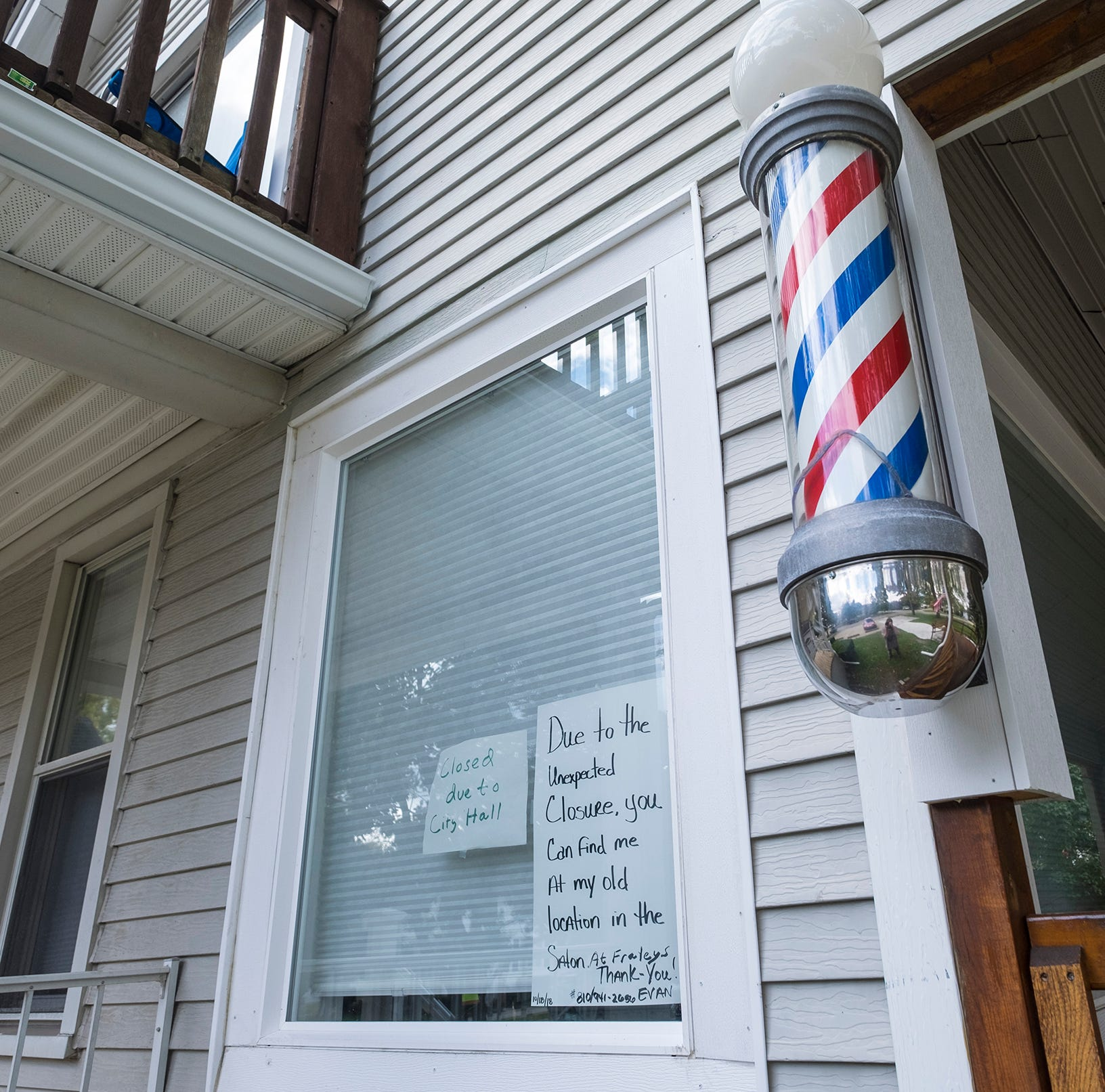 Barber skips St. Clair business license meeting