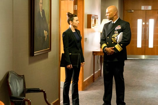 """Linda Cardellini, left, and Common star """"Hunter Killer."""" The movie opens Oct. 25 at Regal West Manchester Stadium 13, Frank Theatres Queensgate Stadium 13 and R/C Hanover Movies."""