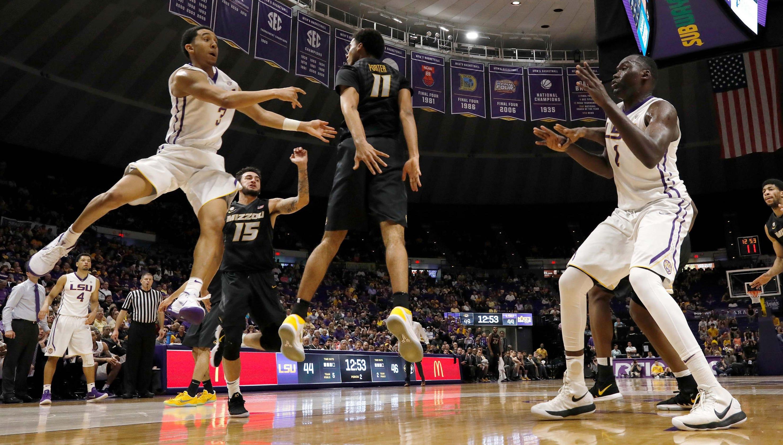 LSU Begins Hoops Season Ranked No 23 In Associated Press Poll