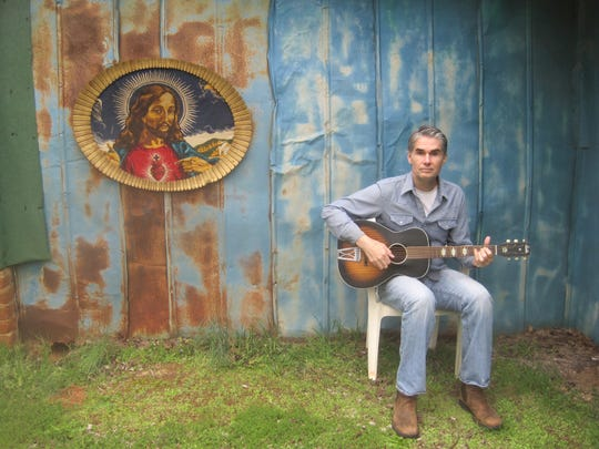 The singer-songwriter Jim White will bring his off-kilter wit and musical acumen when he delivers his latest deliriously uncategorizable album to From the Heart Recording Studio in Sopchoppy Saturday.
