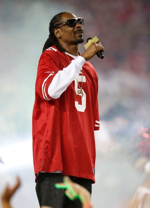Rapper and entertainer Snoop Dogg  will be in Tallahassee on Dec. 21.