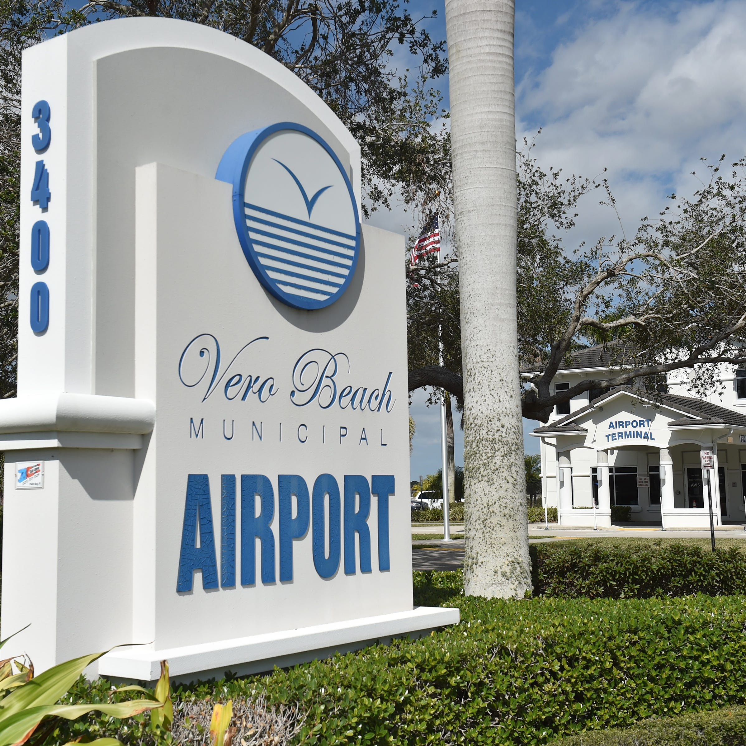Plane with flaming engine lands at Vero Beach Regional Airport