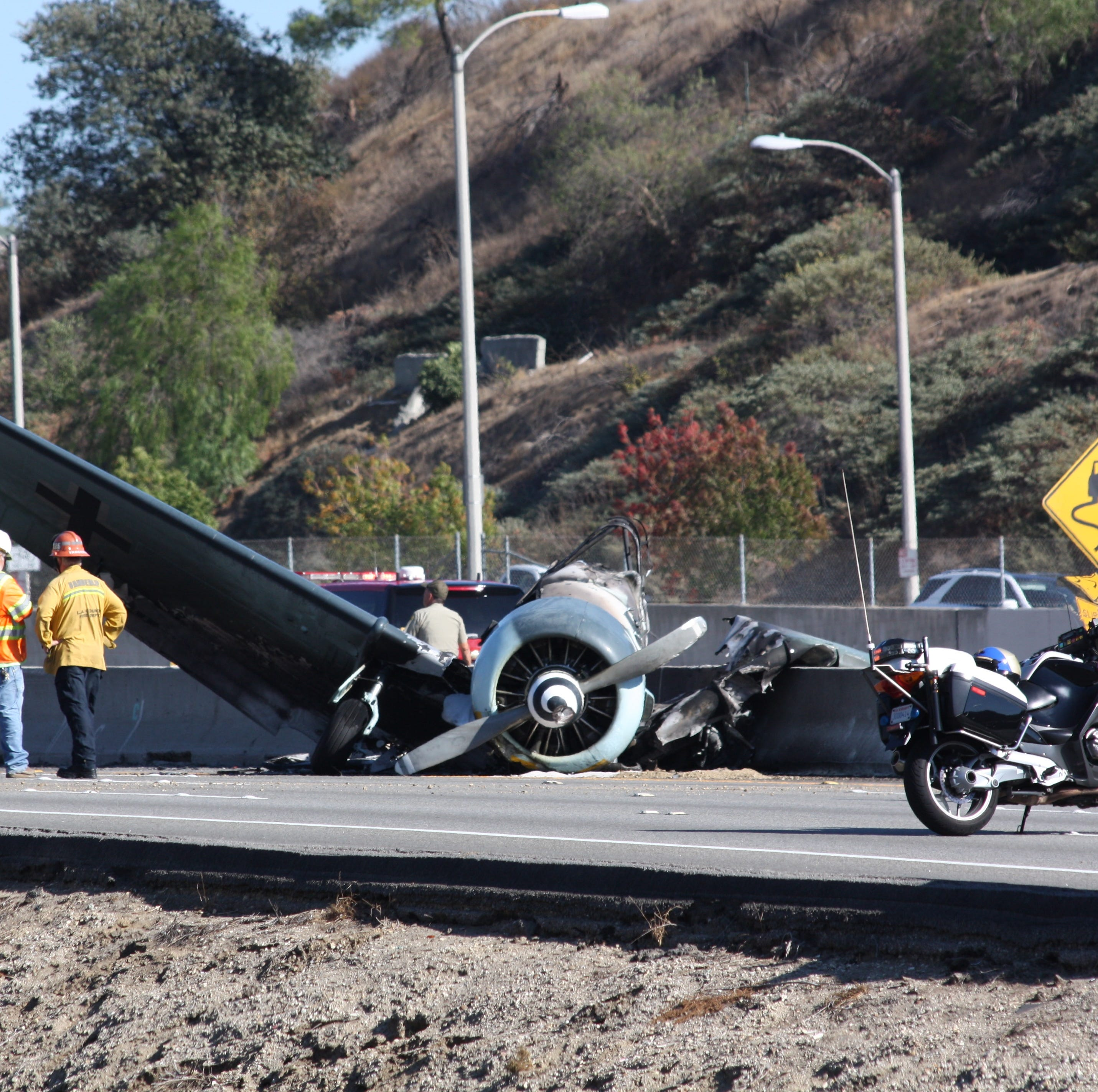 Plane crash lands on Highway 101 near Agoura bringing traffic to a standstill