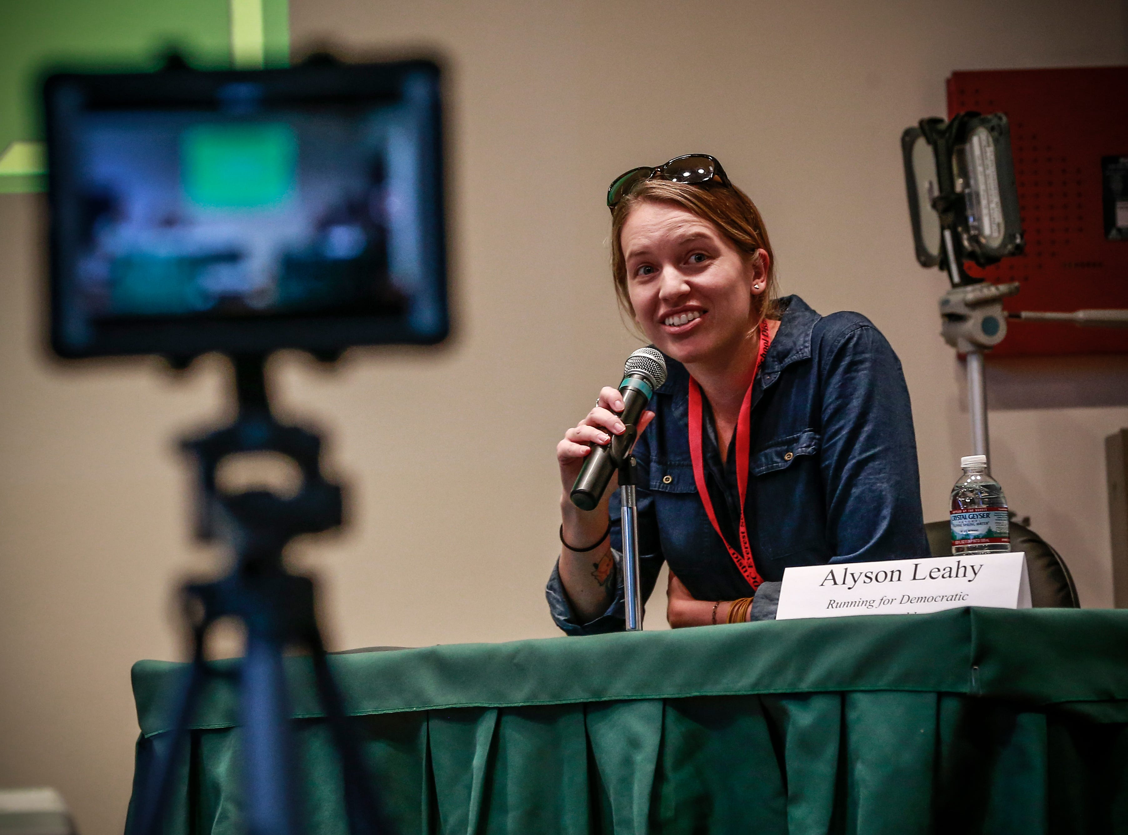 Running Democratic for State Assembly-District 85th Alyson Leahy makes an introduction during the 9th grade Action Civics Political Forum Wednesday, Oct. 17, 2018, at D.C. Everest Junior High School auditorium in Weston, Wis. T'xer Zhon Kha/USA TODAY NETWORK-Wisconsin