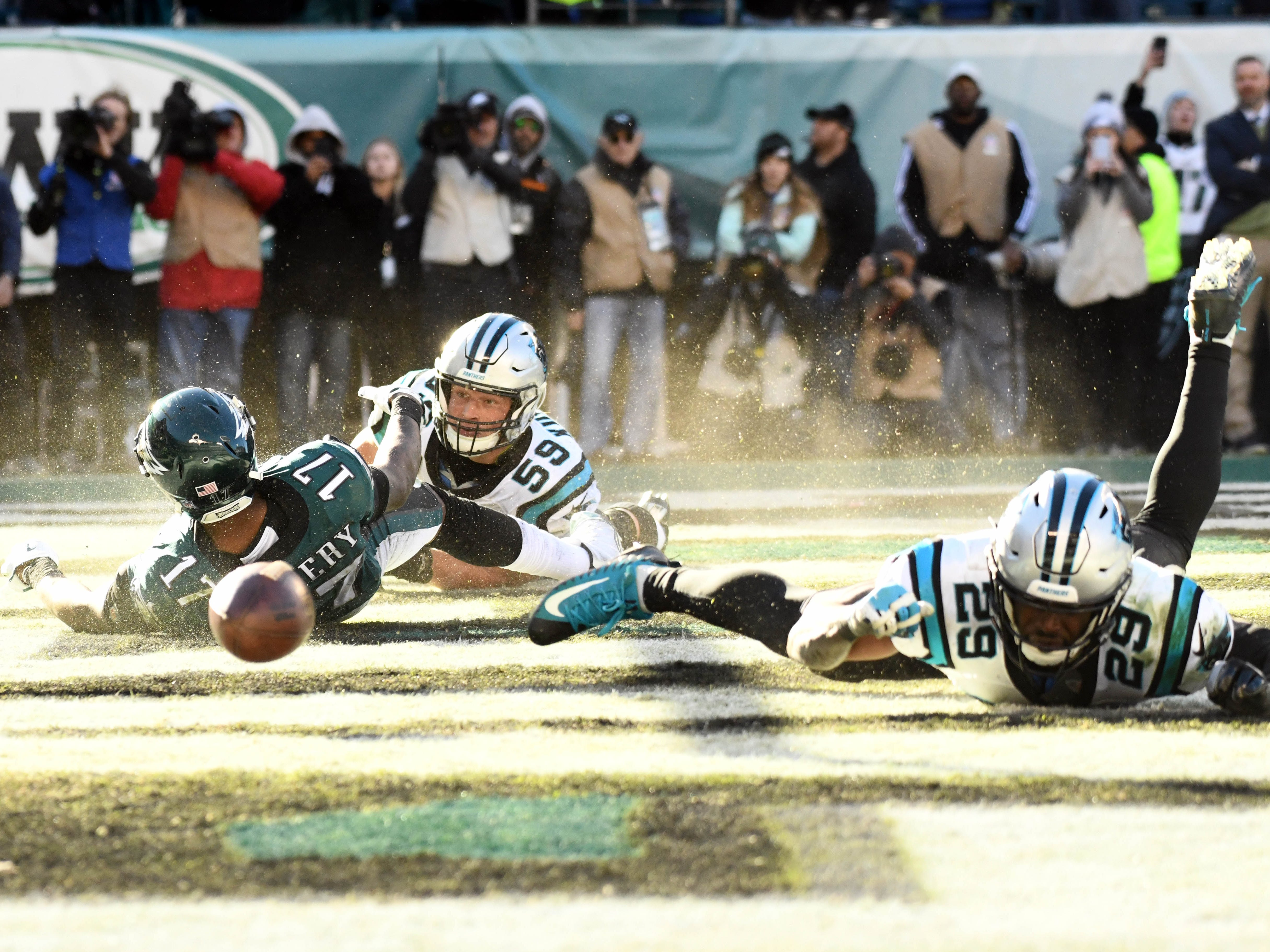 Week 7: Philadelphia Eagles wide receiver Alshon Jeffery (17) is unable to make the catch as Carolina Panthers linebacker Luke Kuechly (59) and safety Mike Adams (29) defend at Lincoln Financial Field. The Panthers won the game, 21-17.