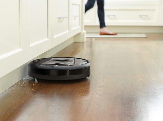 The Roomba i7
