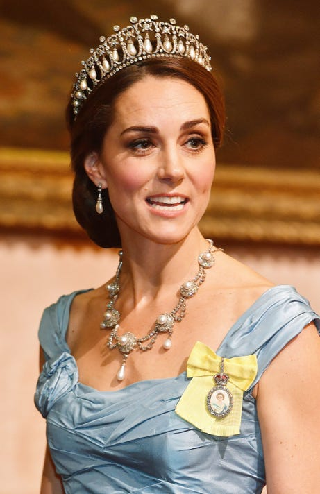 cbe32b38760289 Duchess Kate dazzles in Princess Diana s tiara at Buckingham Palace banquet