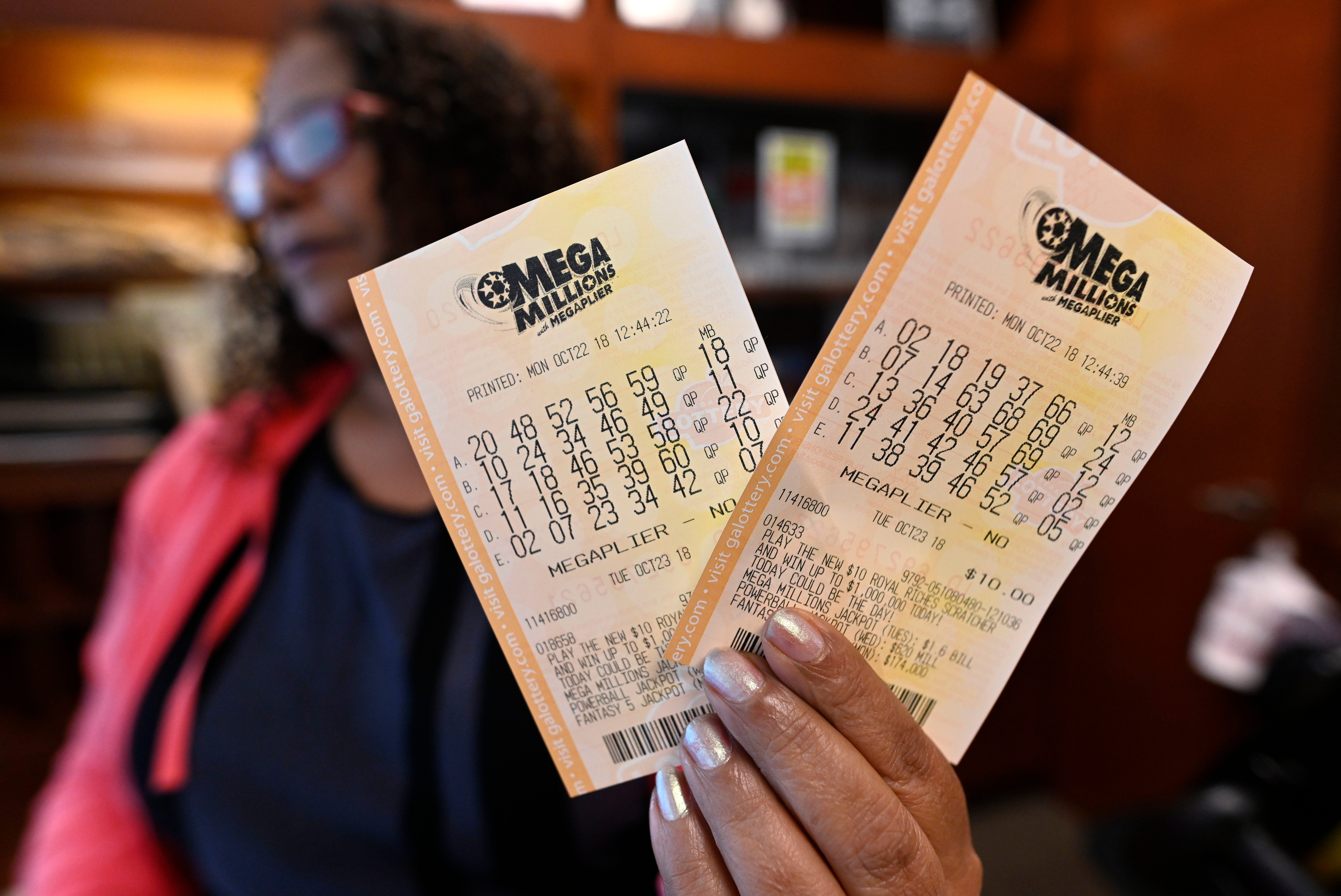 Mega Millions jackpot hits $865M, the third largest in US lottery history. Here are Tuesday s winning numbers.