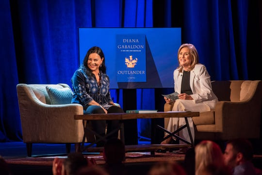 """""""The Great American Read"""" host Meredith Vieira talks about """"Outlander"""" with author Diana Gabaldon."""