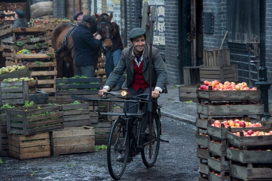 """Jack (Lin-Manuel Miranda) is a good-hearted lamplighter and friend to the magical title nanny of """"Mary Poppins Returns."""""""