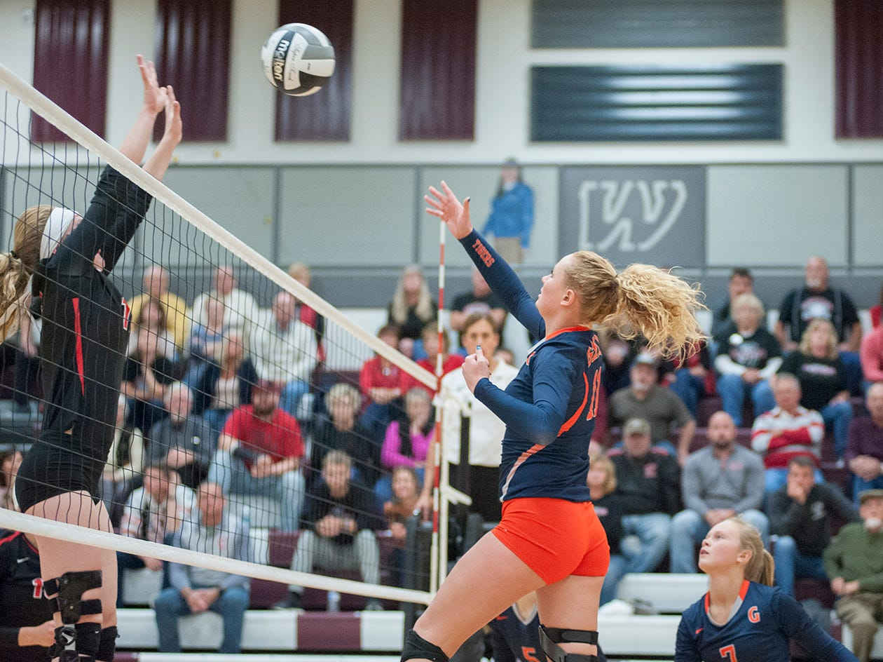 Crestview's Autumn Bailey attempts to block a hit from Galion's Gracie Groves.