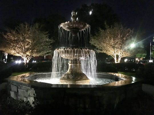 The fountain on Wooster Pike in Mariemont is the perfect setting to cozy up at the end of a date.