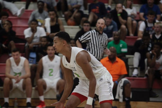 Jalen Suggs plays with his AAU team, Grassroots Sizzle, during the July evaluation period.