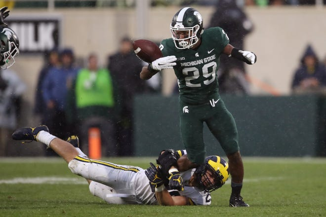 Shakur Brown and the Michigan State Spartans are favored by 2 against the Purdue Boilermakers.