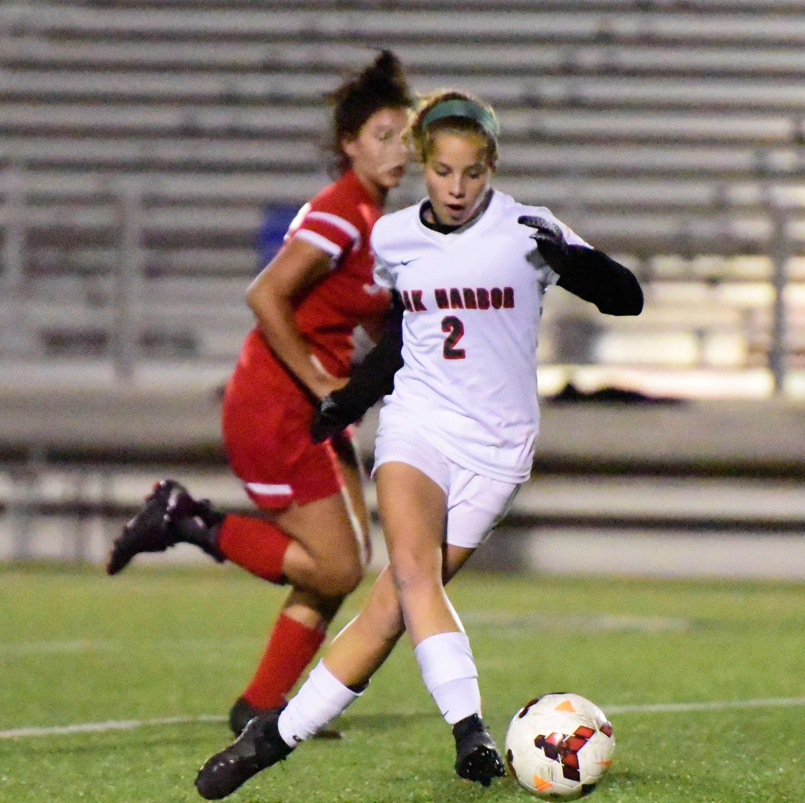 Oak Harbor girls eliminated by Central Catholic in district semifinal